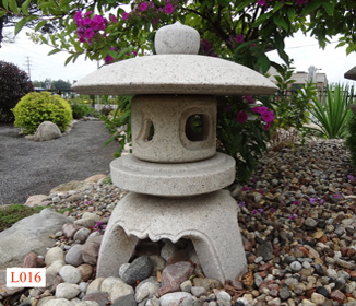 Superbe Japanese Zen Garden Ornaments   Lanterns